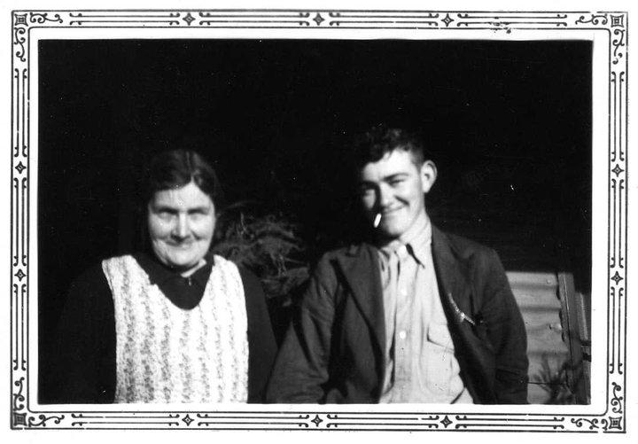 Edith May Heneker nee Grimwood and son Alln Heneker